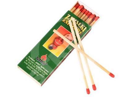 Zápalky na svíčky 10cm (15ks)